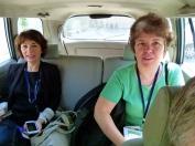 Mireille et Béatrice parte pour une journée de plus de 10 heures de travail
