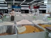 La pesée est de rigueur pour les riz, les féculents, les farines...