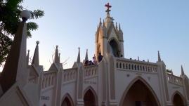Oratoire face à la basilique