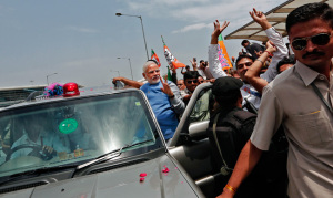 Modi à l'aéroport de Delhi (c) Indiatoday.in