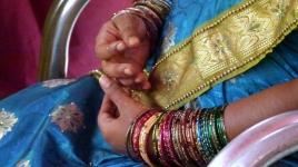 les bracelets seront aux bras de la maman jusqu'à l'accouchement