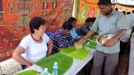 les 9 riz nous sont servis sur les feuilles de bananier